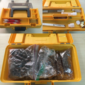 This toolbox contains helps all the necessary parts for grafting.